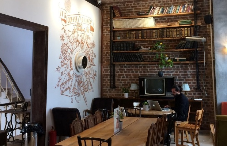 Books & Coffee - Karaköy - İSTANBUL